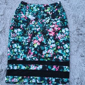 BELLE & SKY Floral Pencil Skirt size xs